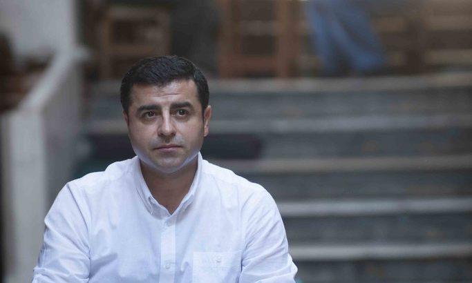 CHP'li isim Canlı Yayında Selahattin Demirtaş'ın Mesajını Paylaştı