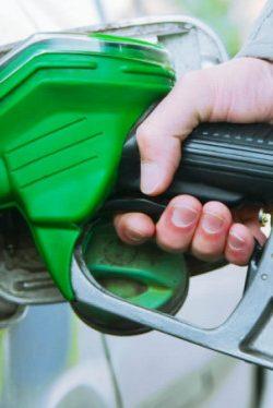 Benzine 21 kuruş zam geldi!