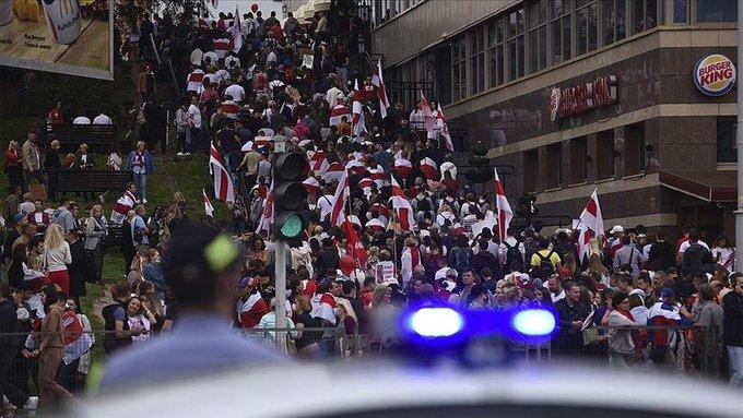 Belarus'taki protestolarda 400'den fazla kişi gözaltına alındı