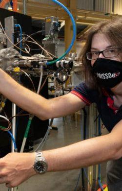 Dünyanın en ince süper iletkeninin sırları ortaya çıktı