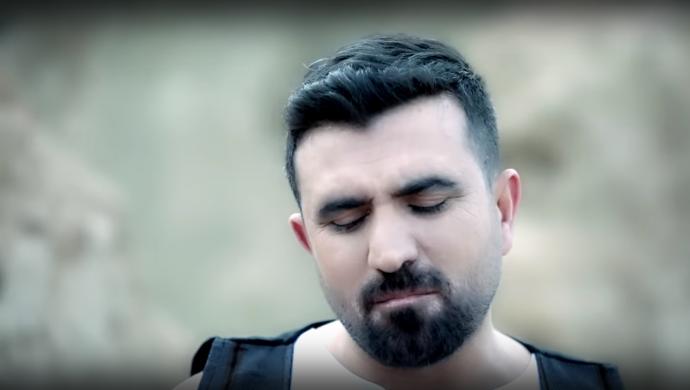 Kürtçe şarkı söyleyen Hozan Arhat'a düğünde gözaltı