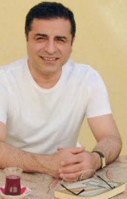 Demirtaş'tan Konya katliamı açıklaması: Nedeni hükümetin ayırımcı politikaları, hedef gösteren dilidir