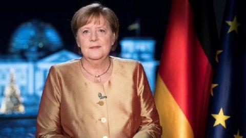 Merkel'in ne kadar emekli maaşı alacağı belli oldu